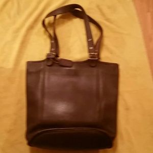 AUTHENTIC LARGE COACH BUCKET PURSE